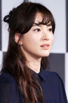 송혜교, actress at Descendants of the Sun Song Joong Ki, Song Hye Kyo, Korean Star, Korean Celebrities, Korean Women, Korean Girl, Korean Actresses, Korean Actors, Korean Beauty
