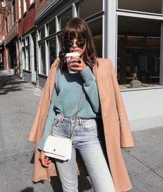 streetwear 2018 | spring outfit inspiration | spring colours | urban style | Fitz & Huxley | www.fitzandhuxley.com