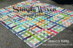 "This ""Simply Woven"" quilt can be made from Jelly Roll strips. The pattern is shown on the Moda Bake Shop website. I love that it looks like so many bright ribbons randomly woven together. Quilting Tips, Quilting Tutorials, Quilting Projects, Quilting Designs, Machine Quilting, Diy Projects, Jelly Roll Quilt Patterns, Quilt Patterns Free, Free Pattern"