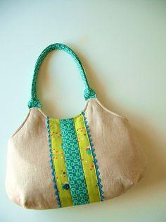 very cute bag!
