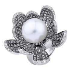 South Sea Pearl & Diamond Blooming Flower Ring