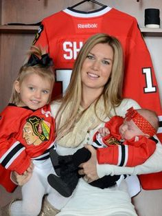 Chicago Blackhawks wives and babies: Behind-the-scenes with hockey families | ChicagoParent.com  (Abby Sharp.  Husband #10 Patrick Sharp, Left Wing.  Kids: Madelyn 25 months; Sadie 3 months).