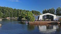 Ferienhaus Aquaronde in Lemmer Lemmer  - Ferienhaus mit großem Wassergrundstück, zwei Sonnenterrassen und Bootsliegeplatz