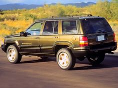62 best grand cherokee zj images on pinterest cars motorcycles jeep grand cherokee limited 1996 1998 fandeluxe Gallery