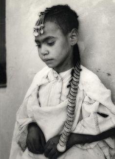Young girl, Morocco Jeune Fille du Maroc www.finelalla.com
