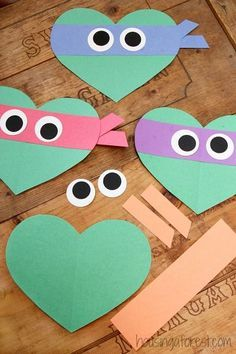 Valentines Day Ninja Turtle Craft for Kids ~ Heart Shaped Teenage Mutant Ninja T… – Valentinstag Valentine's Day Crafts For Kids, Valentine Crafts For Kids, Toddler Crafts, Holiday Crafts, Art For Kids, Kids Diy, Adult Crafts, Craft Activities, Preschool Crafts