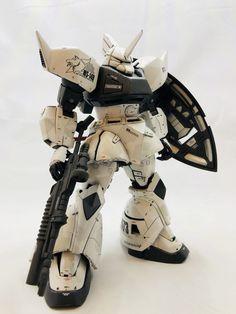 ゲルググ シンマツナガ What Is An Artist, Battle Bots, Gundam Custom Build, Robot Art, Robots, Gundam Art, Msv, Mechanical Design, Gundam Model