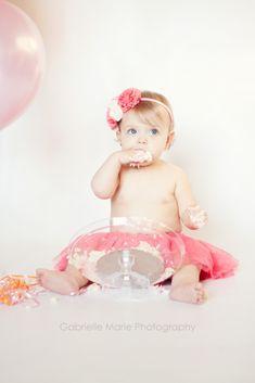 """Une séance photo """"Smash the Cake"""" pour le 1er anniversaire de bébé"""