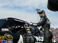 We love this shot of Jimmie Johnson during the 2011 Kobalt Tools 500 taken by one of our Twitter family favorites, Peter.