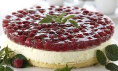 Kevyt vadelma-tuorejuustokakku, resepti – Ruoka.fi - Delicious but light raseberry cheese cake