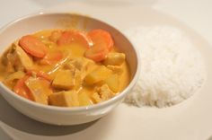 mrs harding cooks: Red Coconut Curry