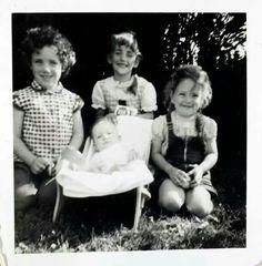 Susan, Marilyn, Marj, Evie