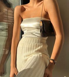 The best dresses for the 2020 season - Anziehsachen - Fashionable dresses and designs are what interests women the most. New dresses for 2020 are waiting - Look Fashion, Womens Fashion, Winter Fashion, Fashion Spring, High Fashion Outfits, High Fashion Style, Fashion Clothes, Fashion Fashion, Runway Fashion
