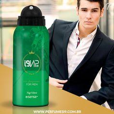 Um Perfume que impõe respeito. Inspirado no Polo Verde de Ralph Lauren, essa fragrância chipre amadeirada é um clássico para homens elegantes, imponentes e que gostam do tradicional.