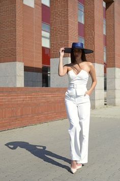 White outfit #orovicafashion #summervibes #whiteoutfit White Outfits, Timeless Fashion, Summer Vibes, Jumpsuit, Womens Fashion, Dresses, Design, Instagram, White Rave Outfits
