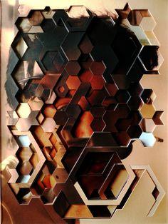 desmemória [unmemory] 2011 10 fotografias cortadas e sobrepostas entre chapas de acrílico | 10 cut-out photographs and acrylic layers | 41x31cm