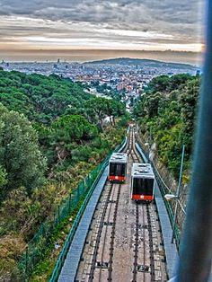 HDR - Casas y cosas - Barcelona- aoplpo: 3.-Paseos con mi amigo Manolo-Carretera de les Aigües (Barcelona 19-1-2011)
