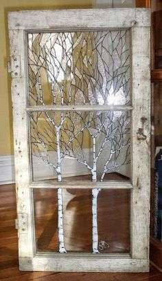25 Diy Recycled Door And Window Projects - Top Do It Yourself Projects Old Window Art, Old Window Crafts, Painted Window Art, Window Frame Decor, Painting On Glass Windows, Old Window Projects, Glass Painting Designs, Painted Glass Windows, Old Window Ideas