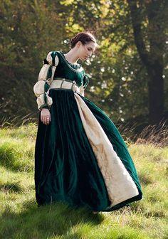 Custom OOAK 'Juliette' Italian Renaissance by EnchantedCreatrix, £200.00