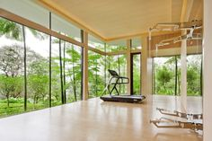 Inspiring home gym's to keep you motivated and that will get you in shape for next summer
