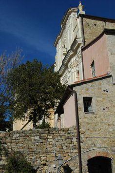 Castellaro (IM) Chiesa Parrocchiale di San Pietro in Vincoli (1619)