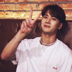 please I just wanna smooch him Got7 Jackson, Jackson Wang, Mark Jackson, Youngjae, Bambam, Kim Yugyeom, Girls Girls Girls, Jinyoung, K Pop