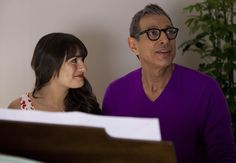Glee! Jeff Goldblum!