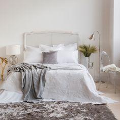 QUILT UND KISSENBEZUG AUS BAUMWOLLE MIT SILBERNER STICKEREI - Quilts - Schlafen | Zara Home Deutschland