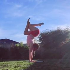 Doing it all on Portable Dance Floor Dance Flexibility Stretches, Gymnastics Stretches, Gymnastics Tricks, Tumbling Gymnastics, Gymnastics Flexibility, Gymnastics Coaching, Acrobatic Gymnastics, Gymnastics Workout, Flexibility Workout