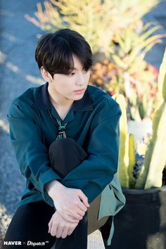 Jungkook BTS Anniversary in LA Party Photoshoot by Naver x Dispatch Bts Jungkook, Taehyung, Jung Kook, Busan, Btob, Super Junior, Rapper, Bts Dispatch, Bts Twt