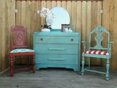 I just love these colors, so summery! Red white and turquoise chest of drawers, chairs and frames. Modern Vintage