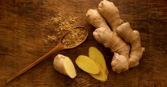 Gout is a form of arthritis that can attack without warning. Try the home remedies on this list for gout pain relief and also ease other symptoms. Home Remedies For Gout, Gout Remedies, Natural Remedies, Turmeric Health, Health Benefits Of Ginger, Weight Loss Meals, Ginger Tea, Fresh Ginger, What Is Ginger