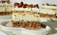 Prajitura Deliciu 2 Romanian Desserts, Romanian Food, Sweet Desserts, Vegan Desserts, Mini Cakes, Cupcake Cakes, Cake Recipes, Dessert Recipes, Pastry Cake