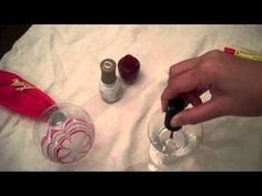 Video on how to marbelize your nails!