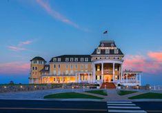 10 Design Ideas to Steal from Rhode Island's Ocean House and Weekapaug Inn | Lonny.com