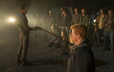 The Walking Dead Season 7 Negan (Jeffrey Dean Morgan), Glenn Rhee (Steven Yeun), Rosita Espinosa (Christian Serratos), Michonne (Danai Gurira) and Abraham Ford (Michael Cudlitz) in Episode 1 - Photo by Gene Page/ AMC The Walking Dead Halloween, The Walking Dead 7, The Walk Dead, Walking Dead Tv Series, Jeffrey Dean Morgan, Andrew Lincoln, Entertainment Weekly, Rick Grimes, Zombie Apocalypse