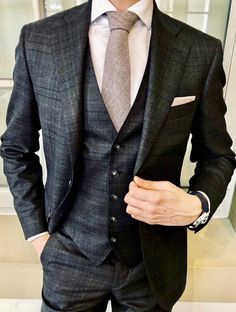 41 Best Grey Suits Trends 2019 New York Images In 2019 Clothing