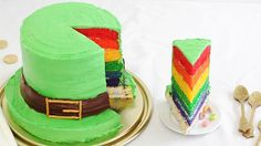Lucky Charms Leprechaun Hat Cake   Recipes with Box Tops