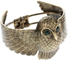 must add this to my owl jewelry collection I've started. lol
