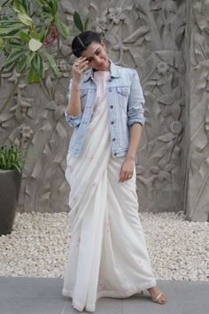 Shopzters | Time to follow the 'Shirt Jacket' Trend! Latest Saree Trends, Latest Sarees, Sari Design, Diy Design, Saree Draping Styles, Saree Styles, Dress Indian Style, Indian Dresses, Indian Wear