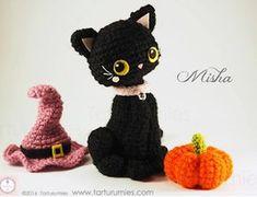 Crochet Pour Halloween, Diy Halloween, Halloween Crochet Patterns, Crochet Amigurumi Free Patterns, Halloween Kitten, Mini Amigurumi, Amigurumi Animals, Crochet Animals, Amigurumi Toys