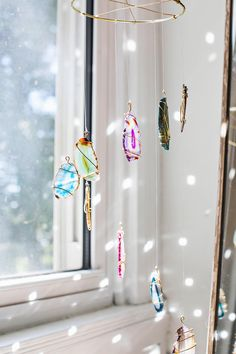 Agate Mobile DIY – A Beautiful Mess