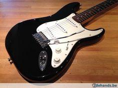 Squier Affinity Stratocaster Black, Rosewood fretboard - Te koop