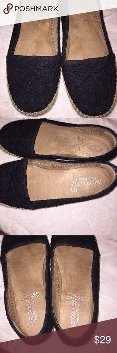 Selling this Women's black aerosols espadrilles shoes 10W on Poshmark! My username is: kathyskashkrop. #shopmycloset #poshmark #fashion #shopping #style #forsale #AEROSOLES #Shoes