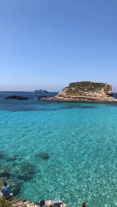 40 Dreamy Photos That Will Make You Fall in Love With Mallorca - Fushion News Africa Travel, Spain Travel, Most Beautiful Beaches, Beautiful Places, Camping Am See, Places To Travel, Places To Visit, Malta Beaches, Paradise Places