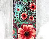 "Apple iPhone 4s white case / iPhone 4 white case SLIM cover with green, blue and orange art ""Paisley Paradise"""