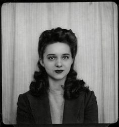 Photobooth Picture, Unknown Woman, 1940s https://www.facebook.com/VintagePennyLane