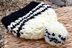 Háčkovaná čiapka ❄ maslovo-čierna Slippers, Crochet, Shoes, Fashion, Moda, Sneakers, Shoe, Shoes Outlet, Fashion Styles