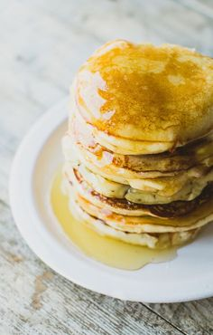 Fluffy ricotta pancakes recipe ricotta pancakes and brunch delicious fluffy and thick ricotta pancakes ccuart Gallery