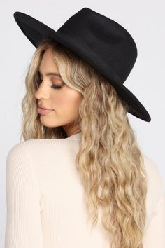 Women Hat Fashion Cap White Fascinator A'S Cap Winter Hat Tea Party Hats Ponytail Beanie Cowboy Hat Styles, Cowboy Hats, Black Fedora Hat Womens, Mens Bucket Hats, French Hat, Types Of Hats, Mademoiselle, Cute Hats, Outfits With Hats